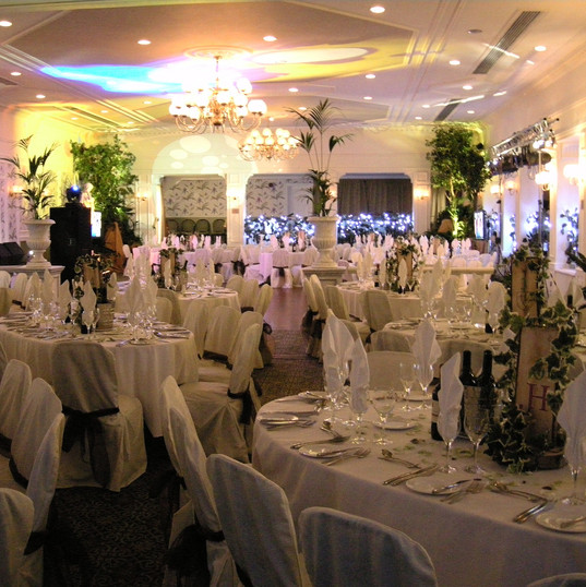 English Country Garden Party Theming