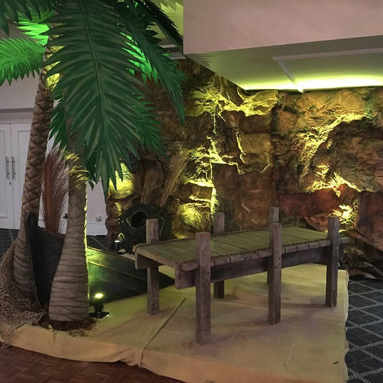 Palm Tree Island Feature Themed Events
