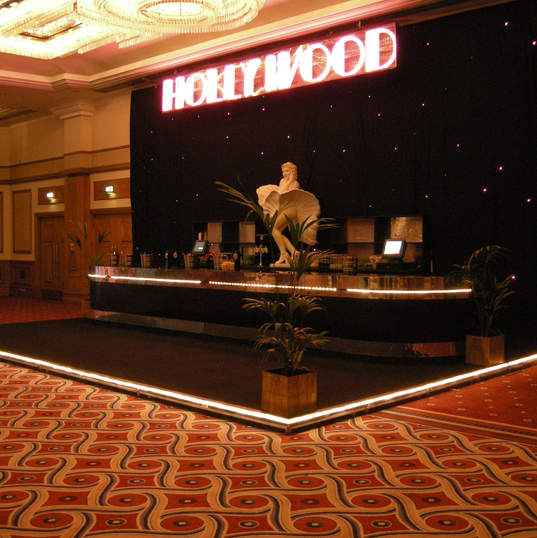 Room Dressing Hollywood Bar