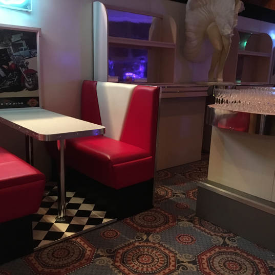 Dining Booth & Bar