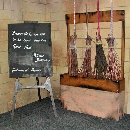Hogwarts Broomsticks Stand