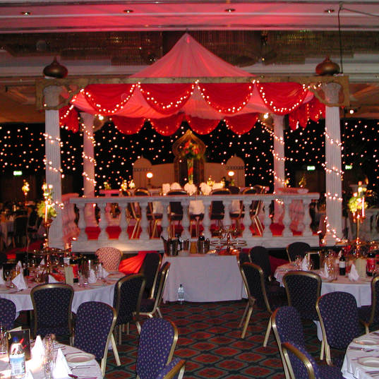 Giant Mandap & Covered Top Table