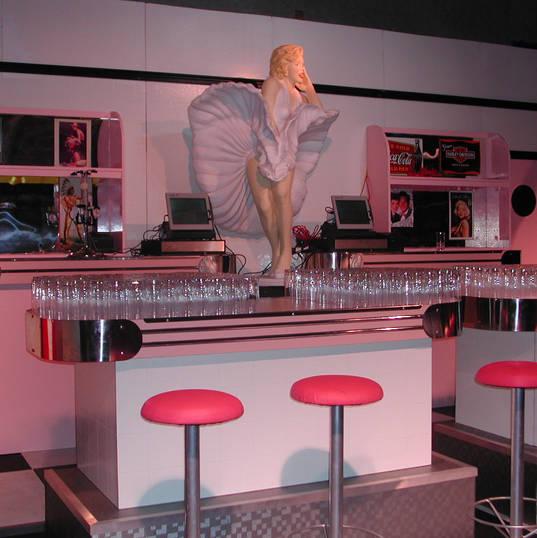 Hollywood Diner Bar