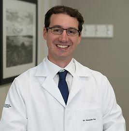 Dr Alexandre Schio Fay, CRM 32.584_edite