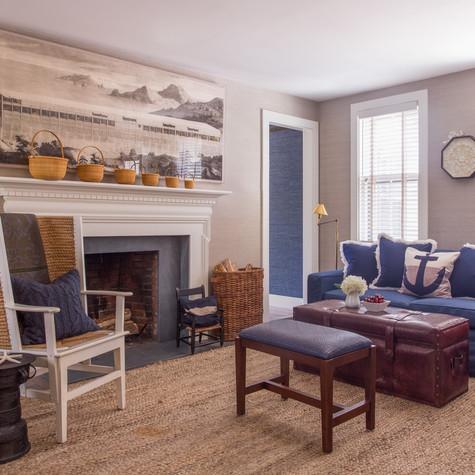 7 coon - living room.jpg