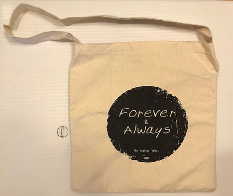 A47 Forever & Always 原色側背帆布手提袋 1個