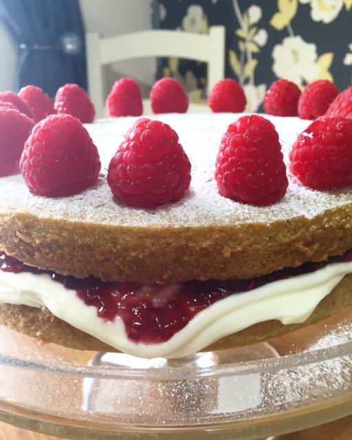 Raspberry & Cream Victoria Sponge