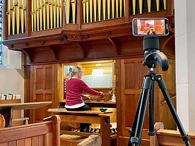 Organ recital image April 20021.jpg