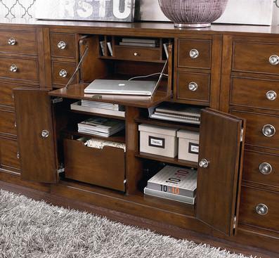 Rustic office furniture & decor