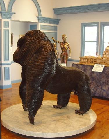Ripleys Gorilla Sculpture