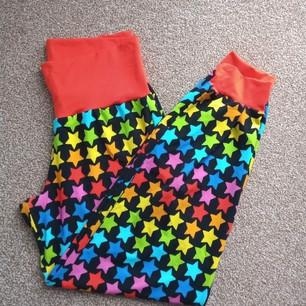 The Rainbow Stitchery ladies loungers.jp