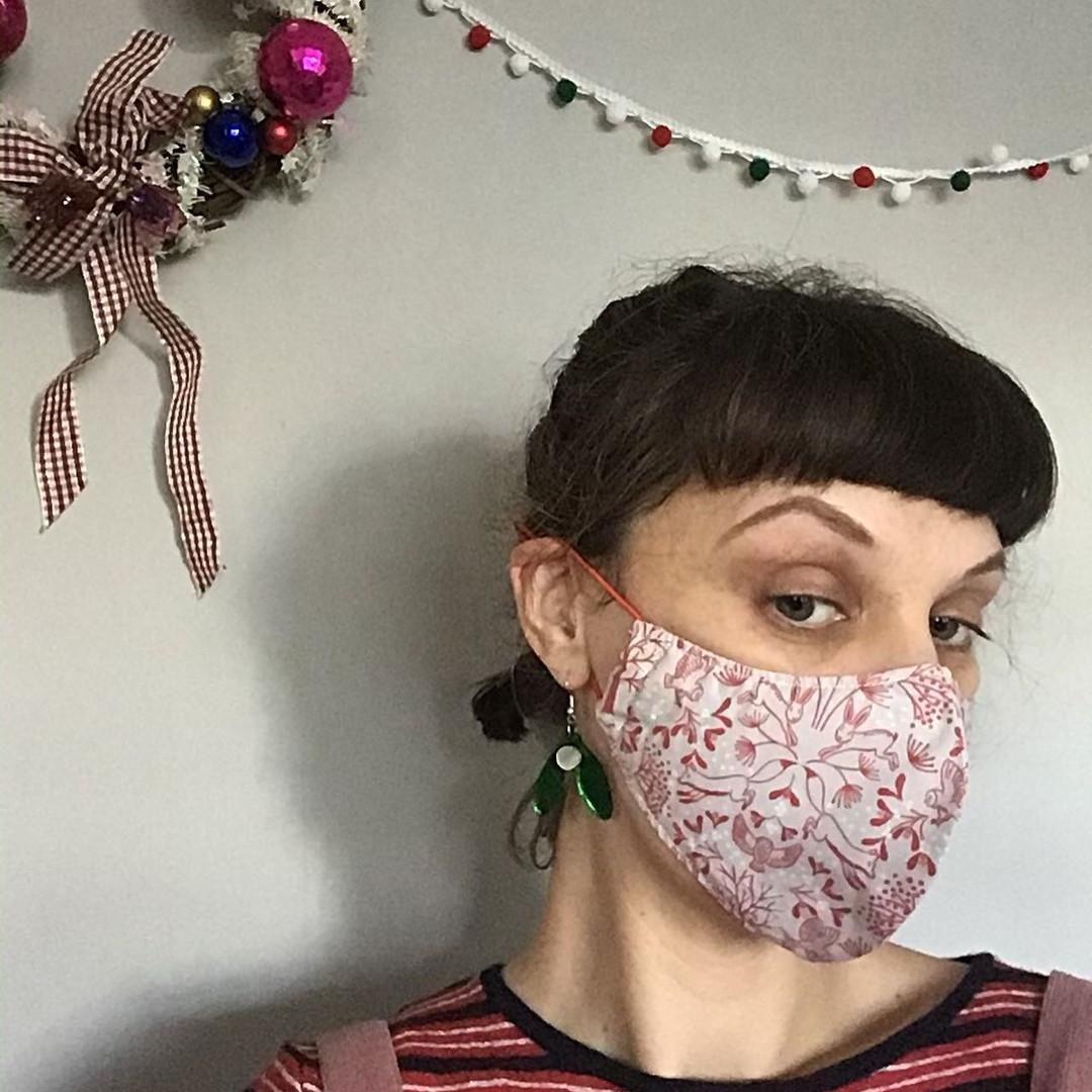 Sarah wearing her mask
