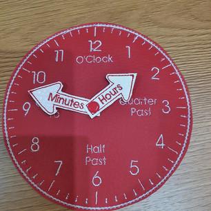 Baabaawitch clock