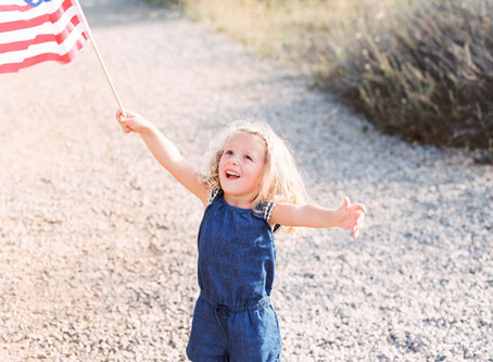Celebrate Independence Day with Family Portraits