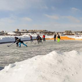 Houseboat Bay hockey Yellowknife