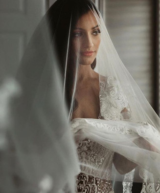 Those bridal moments before she becomes