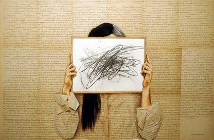 Gabriela_González_Leal_Dualidad_Escritos_a_máquina_de_1978_cabello_sintético_grafito_y_lápices_de_co