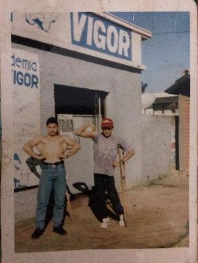 Fachada antiga da Academia Vigor de Guarapuava em 1992