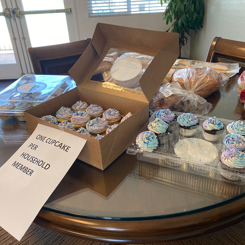 Willow Glen Free Cupcakes During Distrib