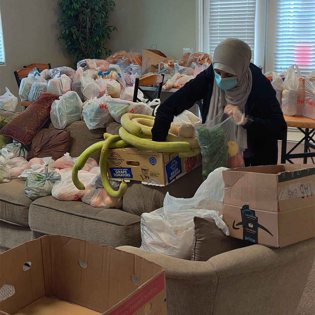 Preparing Food Distributions - Seabreeze