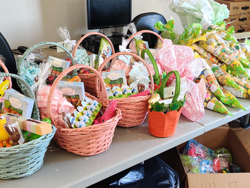San Diego Resident Services Coordinators Brings Spring to Residents