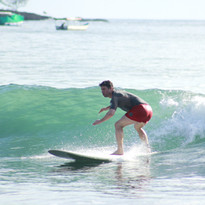 Surfing Dominicalito
