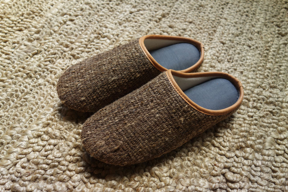 slippers_5.jpg