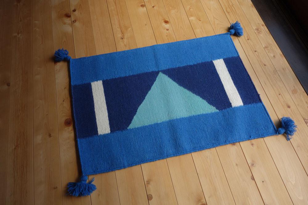 wool_triangle_rug2.jpg