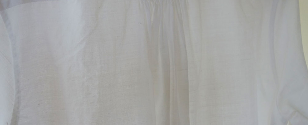 khadi_shirt_woman_white_back2.jpg