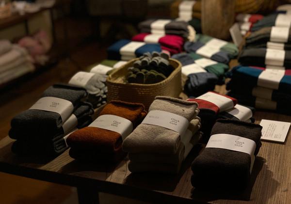 ガラ紡と靴下展_photo_c.jpg