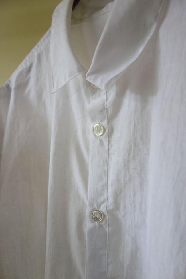 khadi_shirt_white_neck.jpg