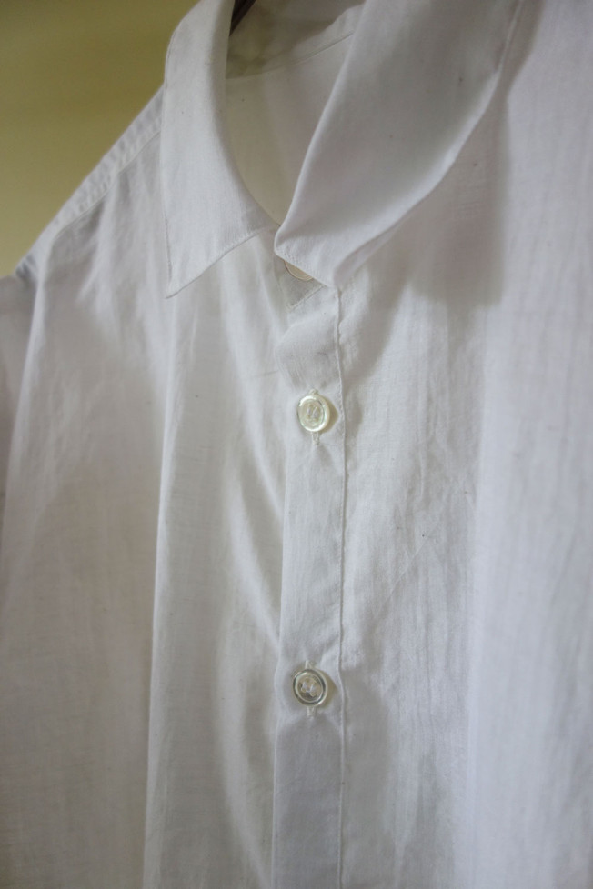 khadi_shirt_white_neck.jpg