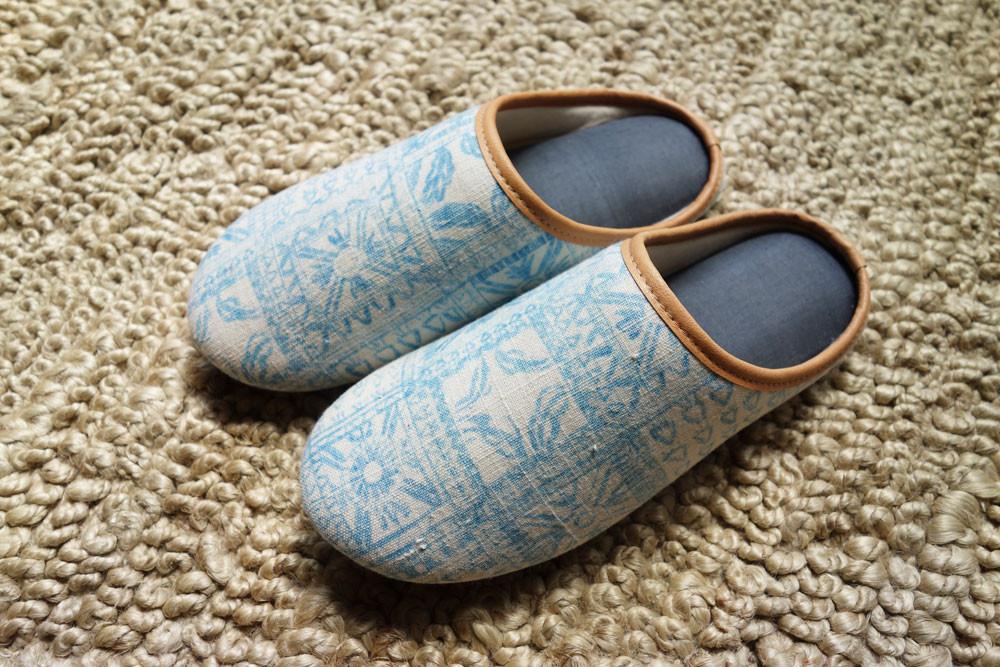 slippers_2.jpg
