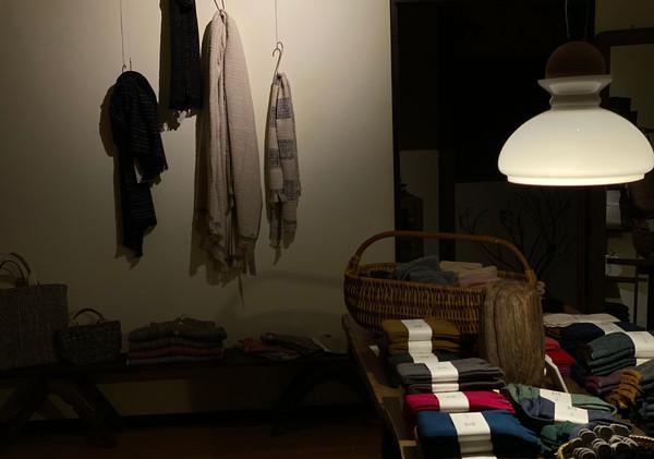 ガラ紡と靴下展_photo_b.jpg