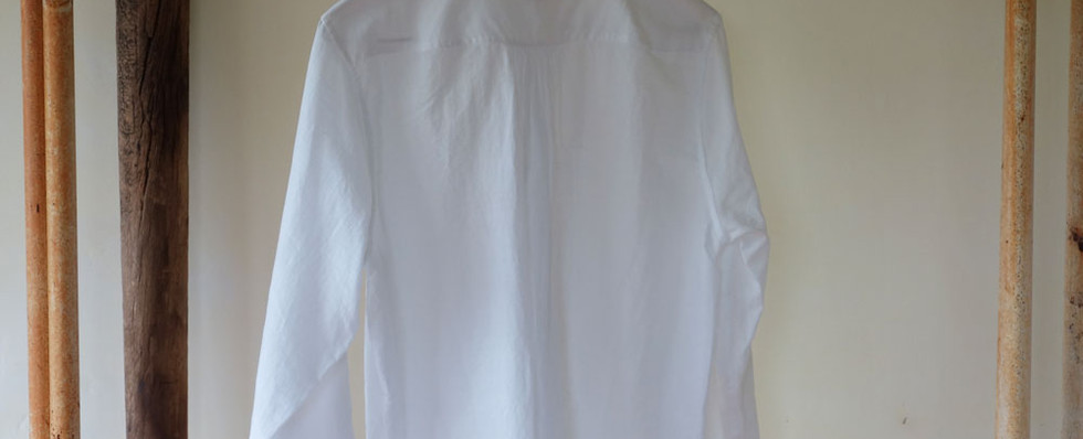 khadi_shirt_woman_white_back.jpg