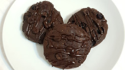 Double Choc Protein Cookies