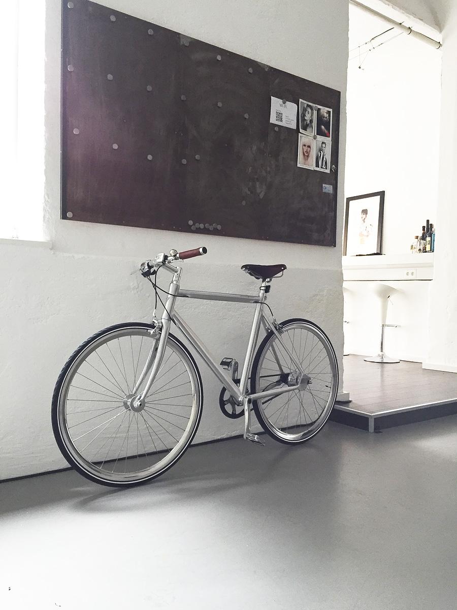 loft with bike