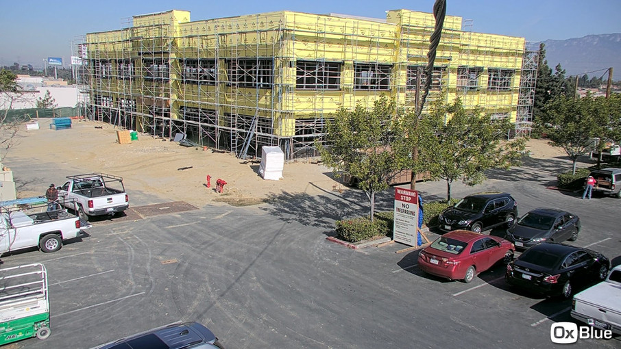 CA,_Industry,_Crossroads_Courtyard_-_Vie