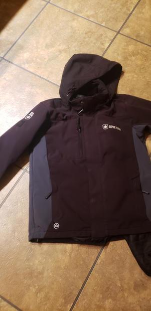 Alpine Yukon Jacket_Youth_large_$50.jpg