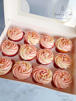 Box of Rose Gold Cupcakes