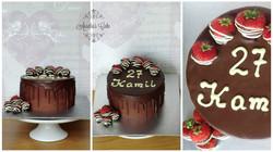 Chocolate and strawberries drip cake
