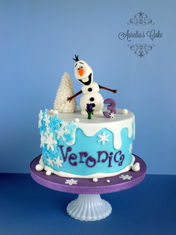 Winter/Olaf Cake