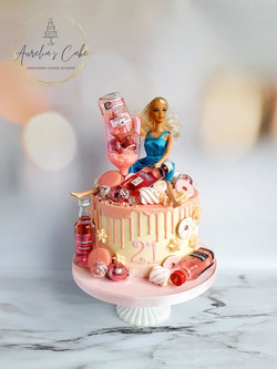 Doll_Party Drip Cake