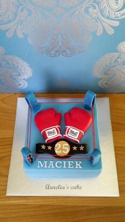 Boxing cake.