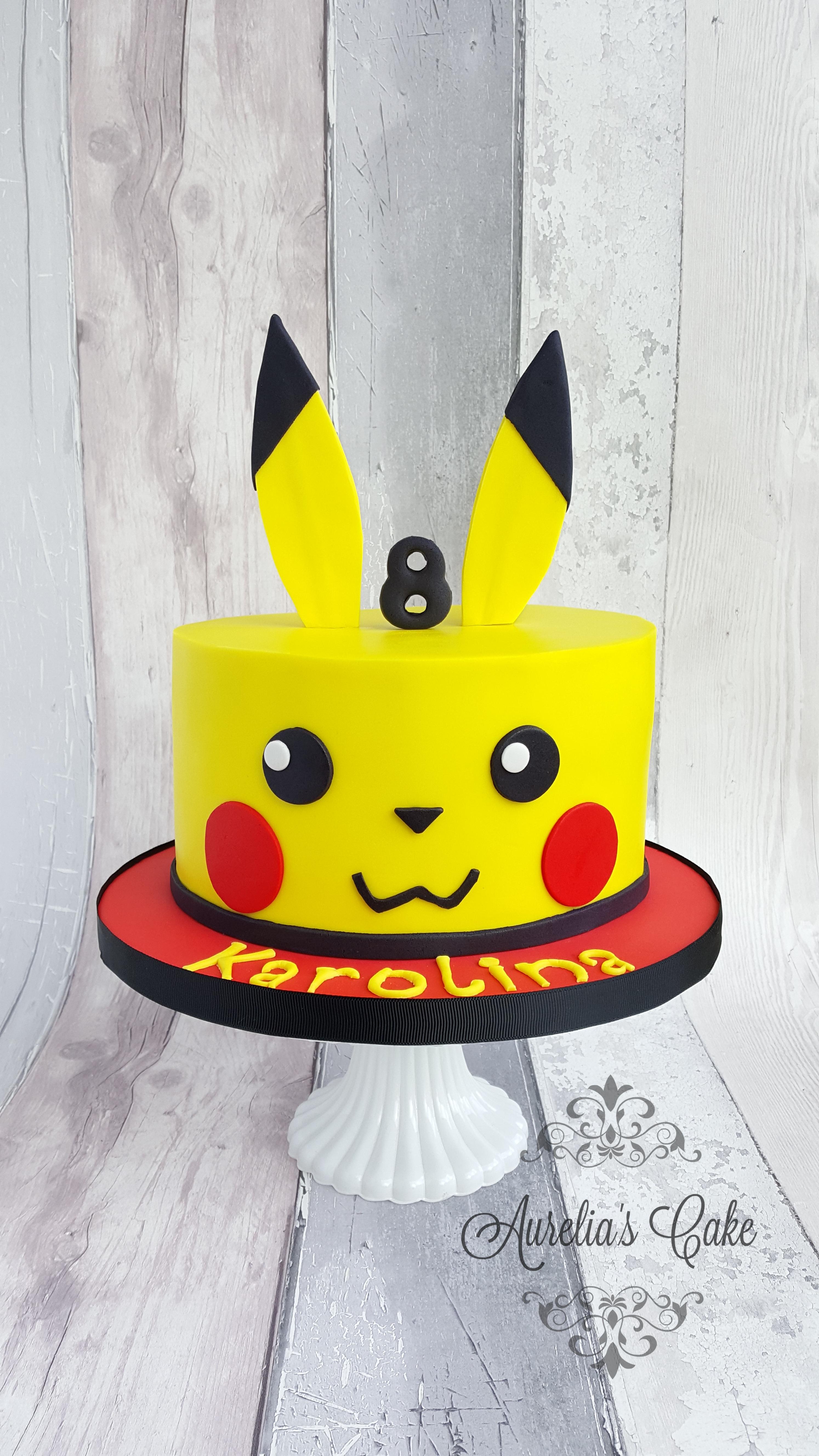 Pikachu/Pkemon cake