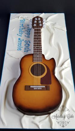 Guitar shaped cake_