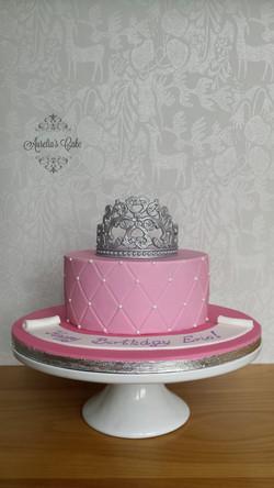 Princess crown cake.