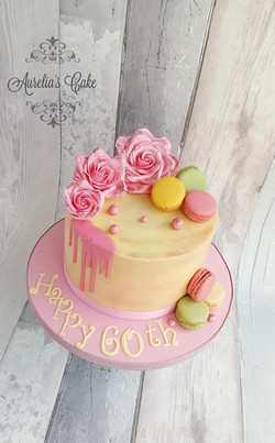 Pink, roses and macaroons cake