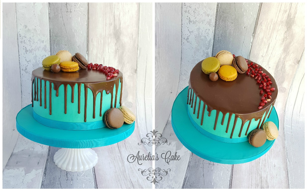 Macaroons drip cake
