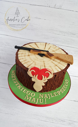 Hunter_Woodland Cake